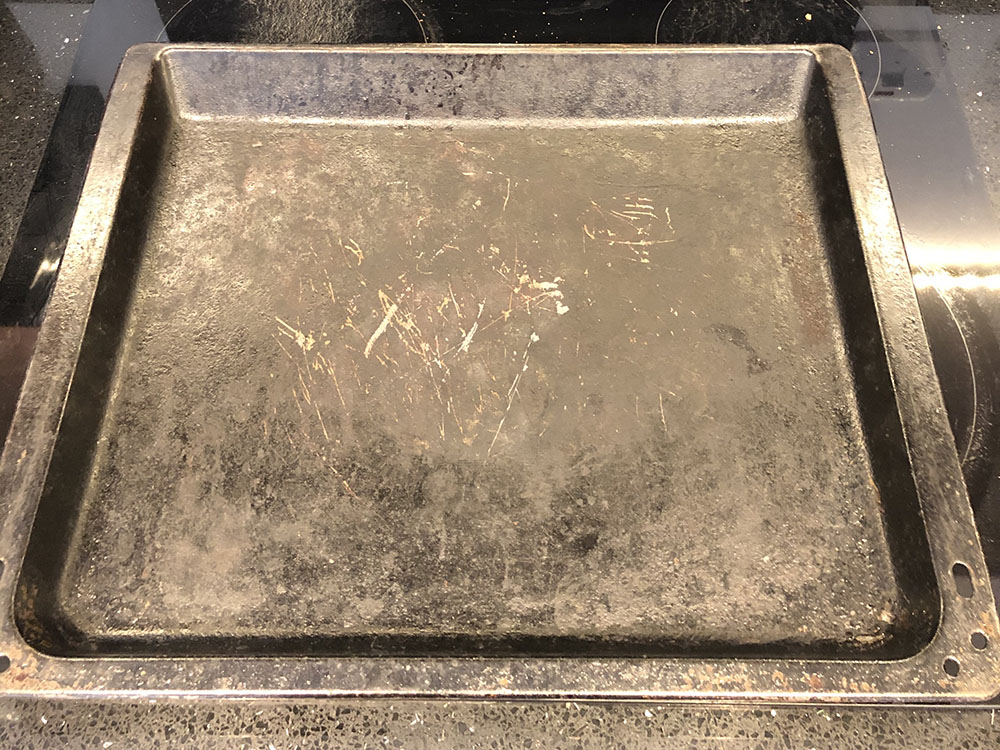 Dirty grill pan